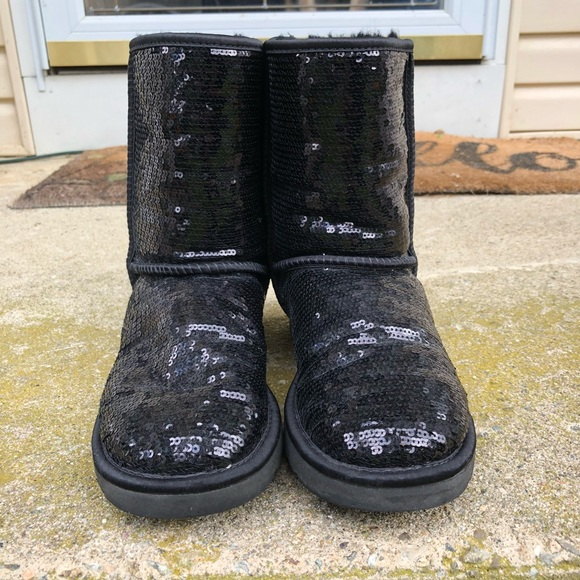 67858db0955 UGG Black Sequin Boots Size 8 ⚫️